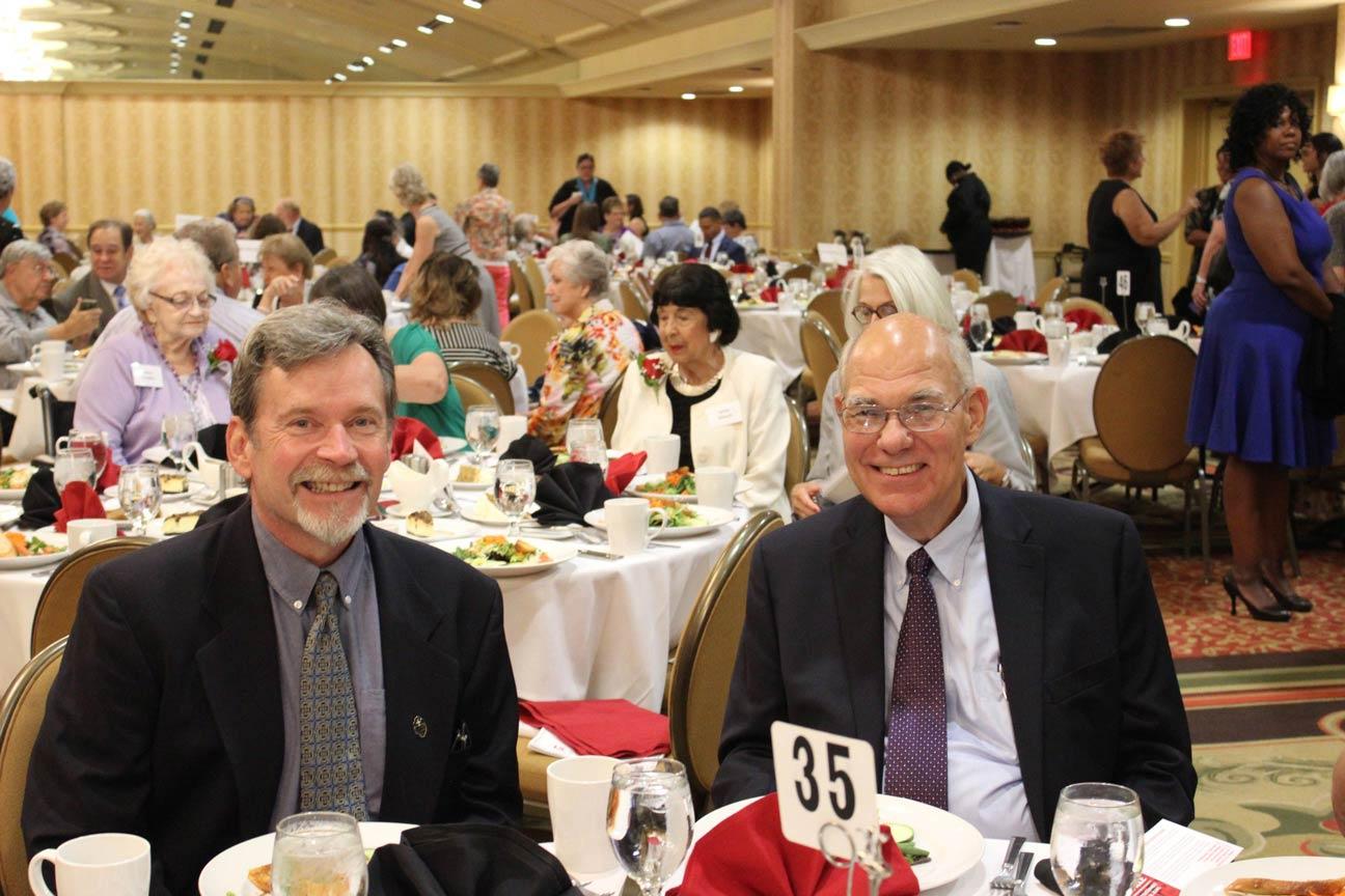 Phil Jackson and Steve Thim.