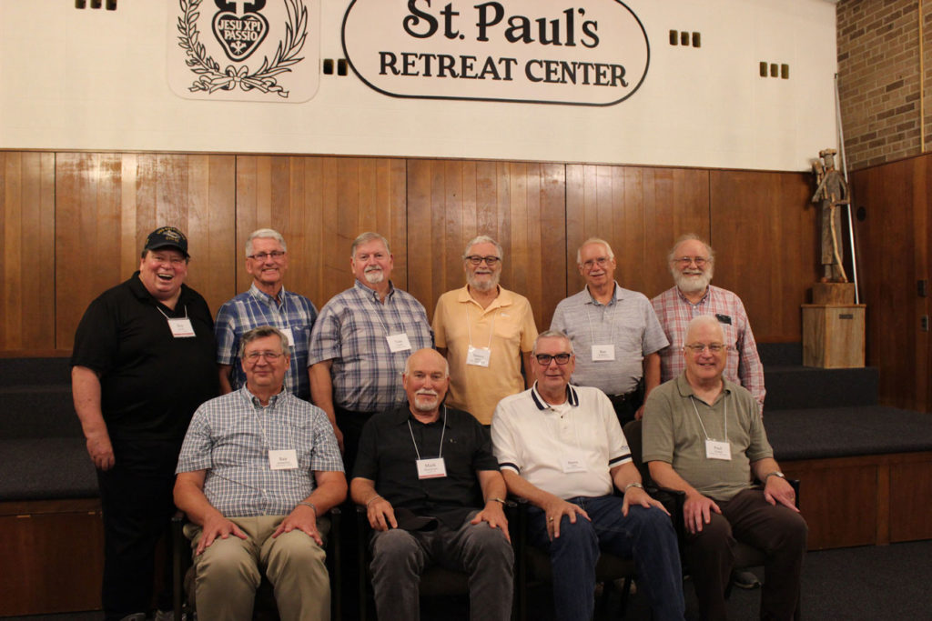 Sitting (l-r): Ray Butkiewicz, Mark Brockman, Steve Olish and Paul Wadell. Standing (L-r): Ray Alonzo, Frank Phillips, Tom Cissel, Denny Reilly, Ray Williams and Paul Della Mora.
