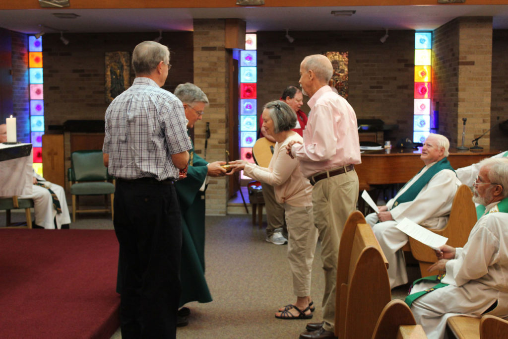 Susan and Don Noltemeyer brought the offertory gifts.